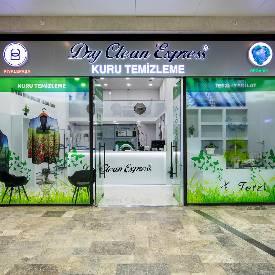 Alışveriş Sokağı'mızda Dry Clean Kuru Temizleme açıldı.