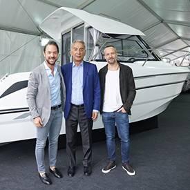 Tekne tutkunları Piyalepaşa İstanbul ve Tezmarin iş birliğiyle düzenlenen etkinlikte bir araya geldi.  17-25  Mart tarihleri arasında devam eden etkinlik kapsamında Boat Show Eurasia'nın yıldızı olan tekneler Piyalepaşa İstanbul Satış Ofisi'nde oluşturulan özel bir alanda sergileniyor.